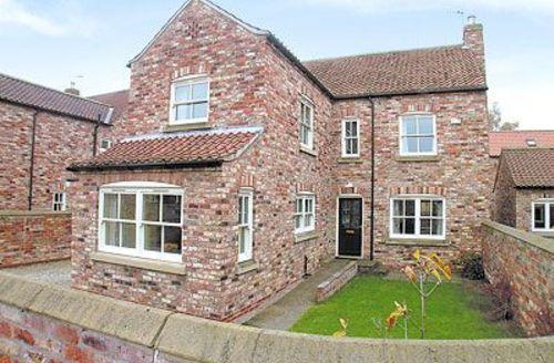 Snaptrip - Last minute cottages - Wonderful York Cottage S15630 -