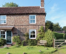Snaptrip - Last minute cottages - Quaint York Cottage S15656 -
