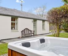 Snaptrip - Last minute cottages - Adorable Combe Martin Cottage S19080 -
