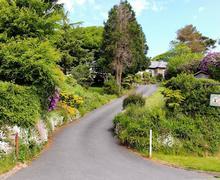 Snaptrip - Last minute cottages - Quaint Lynton Cottage S19208 -