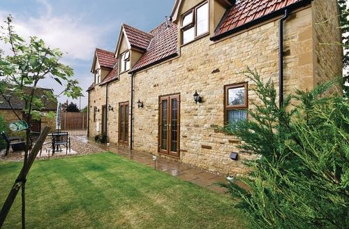 Snaptrip - Last minute cottages - Excellent Grantham Cottage S15736 -