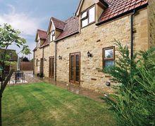 Snaptrip - Last minute cottages - Excellent Grantham Cottage S15736 -