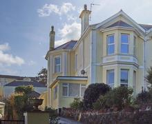 Snaptrip - Last minute cottages - Beautiful Torquay Cottage S77095 -