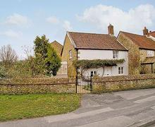 Snaptrip - Last minute cottages - Luxury Beaminster Cottage S19607 -