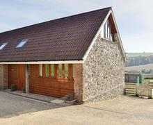 Snaptrip - Last minute cottages - Excellent Bettiscombe Cottage S50205 -