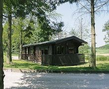 Snaptrip - Holiday lodges - Superb Louth Lodge S15798 -