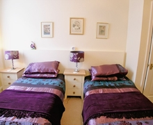 Snaptrip - Last minute cottages - Luxury Bath Apartment S19994 -