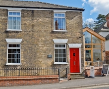 Snaptrip - Last minute cottages - Gorgeous Louth Cottage S15815 -