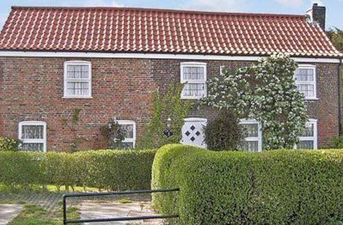 Snaptrip - Last minute cottages - Stunning Mablethorpe Cottage S15826 -