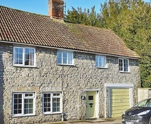 Snaptrip - Last minute cottages - Wonderful Yeovil Cottage S20353 -
