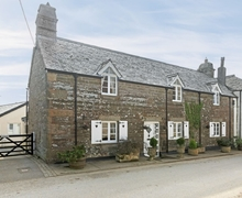 Snaptrip - Last minute cottages - Quaint Bude Cottage S20469 -