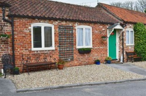 Snaptrip - Last minute cottages - Tasteful Skegness Cottage S15881 -