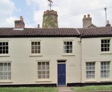Snaptrip - Last minute cottages - Stunning Skegness Cottage S15890 -