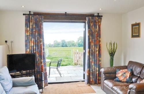 Snaptrip - Last minute cottages - Superb Alcester Cottage S15915 -