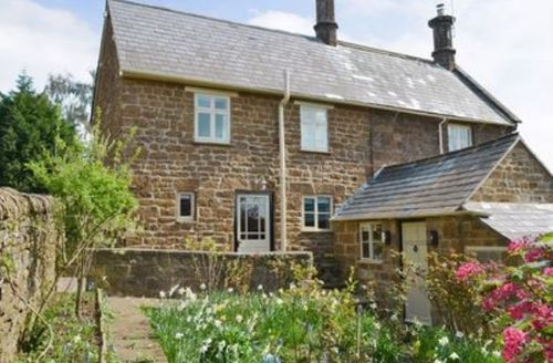 Snaptrip - Last minute cottages - Splendid Stratford Upon Avon Cottage S15938 -