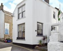 Snaptrip - Last minute cottages - Exquisite Mousehole And Newlyn Cottage S21255 -