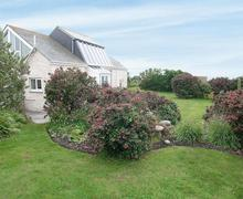 Snaptrip - Last minute cottages - Quaint Sennen Cottage S21294 -