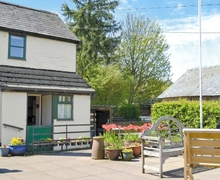 Snaptrip - Last minute cottages - Attractive Knighton Cottage S21367 -