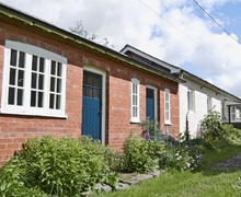 Snaptrip - Last minute cottages - Delightful Welshpool Cottage S21469 -