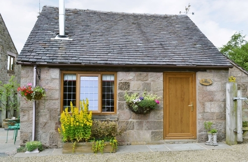 Snaptrip - Last minute cottages - Inviting Leek Cottage S16001 -