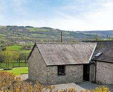 Snaptrip - Last minute cottages - Quaint Lampeter Cottage S21571 -