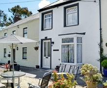 Snaptrip - Last minute cottages - Beautiful Laugharne And Llansteffan Cottage S33771 -