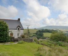 Snaptrip - Last minute cottages - Inviting Swansea Cottage S67679 -