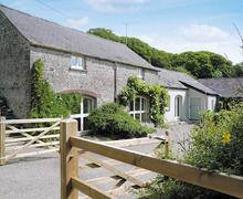 Snaptrip - Last minute cottages - Tasteful Tenby Cottage S21936 -
