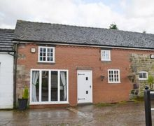 Snaptrip - Last minute cottages - Delightful Stoke On Trent Cottage S16067 -