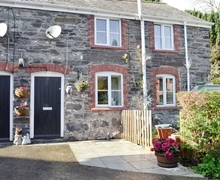 Snaptrip - Last minute cottages - Tasteful Corwen And The Berwyn Mountains Cottage S22008 -