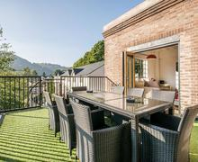 Snaptrip - Last minute cottages - Superb Llangollen Apartment S44456 -