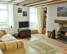 Snaptrip - Last minute cottages - Quaint Holyhead And Treaddur Bay Cottage S22089 -