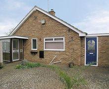Snaptrip - Last minute cottages - Quaint Cheltenham Cottage S16118 -