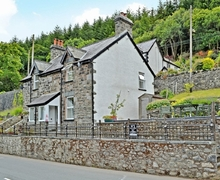 Snaptrip - Last minute cottages - Superb Betws Y Coed Cottage S22346 -