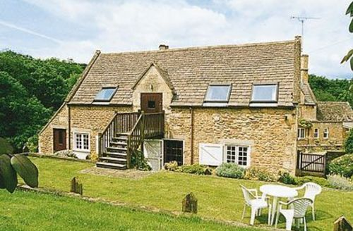 Snaptrip - Last minute cottages - Attractive Chipping Campden Cottage S16147 -
