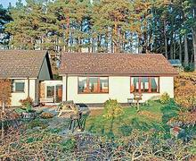 Snaptrip - Last minute cottages - Lovely Spean Bridge Cottage S22637 -