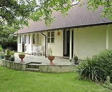 Snaptrip - Last minute cottages - Captivating Cirencester Cottage S16157 -