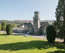 Snaptrip - Last minute cottages - Captivating Fort Augustus Apartment S22704 -