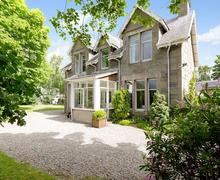 Snaptrip - Last minute cottages - Beautiful Kingussie Cottage S22742 -