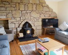 Snaptrip - Last minute cottages - Exquisite Tain Cottage S45071 -