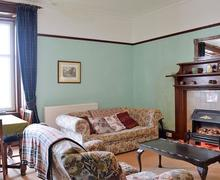 Snaptrip - Last minute cottages - Attractive Campbeltown Lodge S49938 -