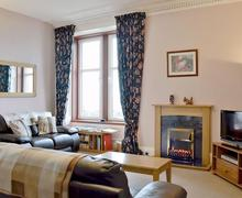 Snaptrip - Last minute cottages - Inviting Campbeltown Cottage S49936 -