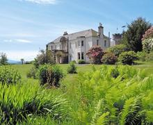Snaptrip - Last minute cottages - Inviting Dunoon Cottage S57493 -