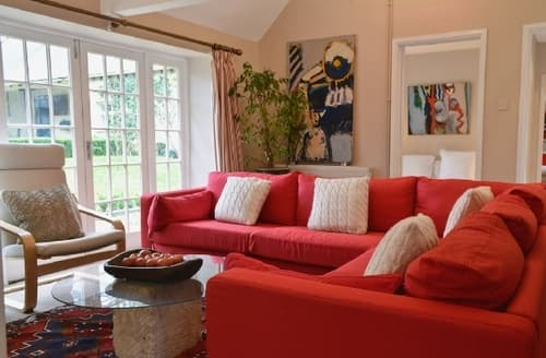 Snaptrip - Last minute cottages - Gorgeous Cirencester Cottage S16200 -