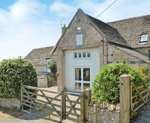 Snaptrip - Last minute cottages - Superb Cirencester Cottage S16201 -