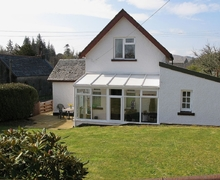 Snaptrip - Last minute cottages - Quaint Lochgilphead Cottage S23070 -
