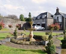 Snaptrip - Last minute cottages - Adorable Tighnabruaich Cottage S23207 -