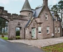 Snaptrip - Last minute cottages - Gorgeous Callander Lodge S23244 -