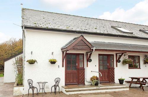 Snaptrip - Last minute cottages - Splendid Lydney Cottage S16254 -