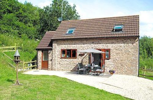 Snaptrip - Last minute cottages - Splendid Lydney Cottage S16260 -